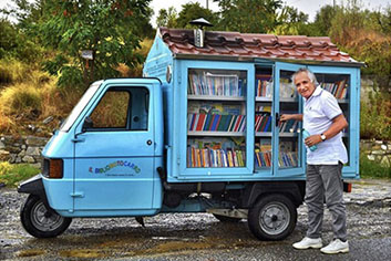 Permalink to:MOBILE LIBRARY